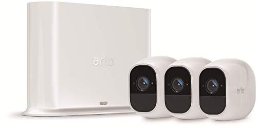 Arlo Pro2 VMS4330P Kit Base Sistema di Videosorveglianza Wi-Fi con 3 Telecamere di Sicurezza, Audio 2 Vie, Batteria, Full HD, Visione Notturna, Interno/Esterno, VCR Opz, Alexa e Google Wi-Fi