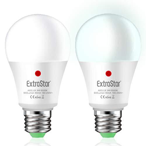 Lampadina Con Sensore, EXTRASTAR E27 Lampadine LED con Sensore Crepuscolare da Esterno, Auto On/Off, 9W bianco freddo 6500K per Veranda Giardino Porta d'ingresso Corridoio 2 pezzis